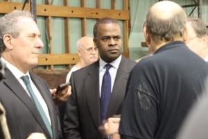 Mayor Kasim Reed and U.S. Trade Representative Michael Froman tour the Colgate Mattress factory in Atlanta.